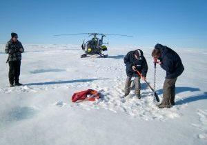 NO-Groenland-Eisbohren_M-Scheinert_2008